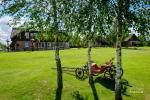 """Sodyba """"Ilgajis"""" ant ežero kranto Ukmergės r.: nameliai, pirtis, salė"""